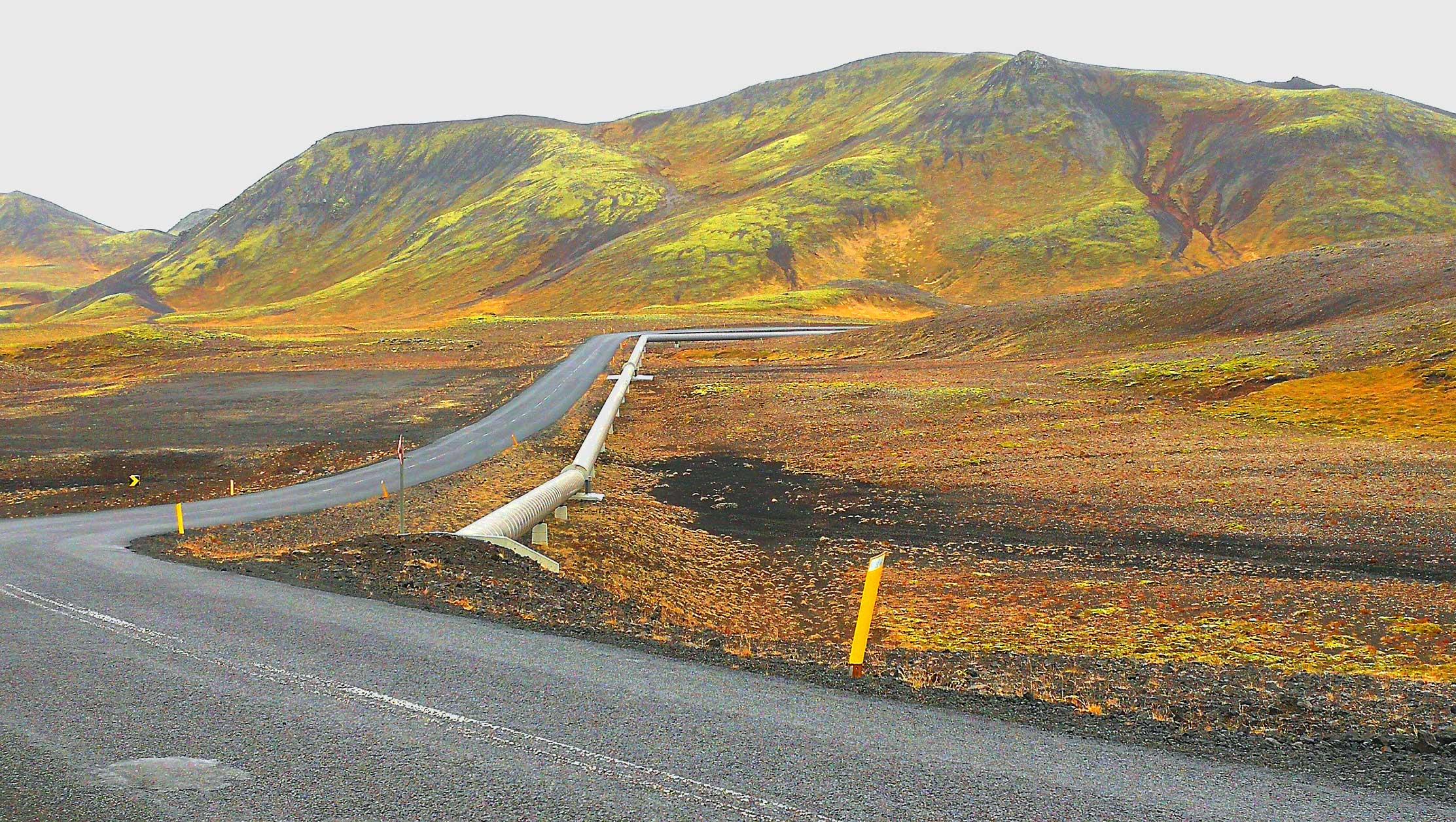 Water-pipelineline-iceland